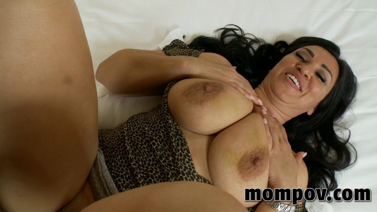 13468320co Mom Pov – Linda [720p]